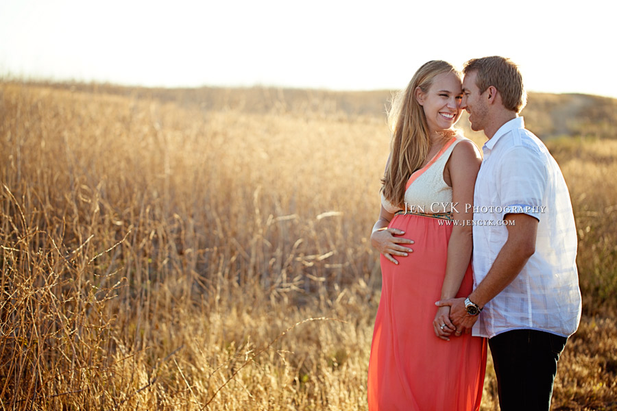 Beautiful Maternity Pictures (5)