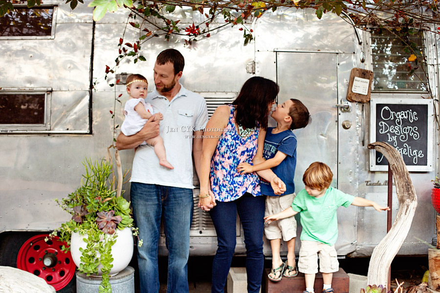 Creative Family Photos  (1)