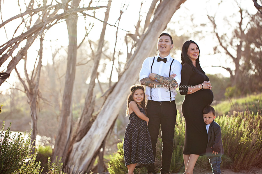 Family Maternity Photos (5)