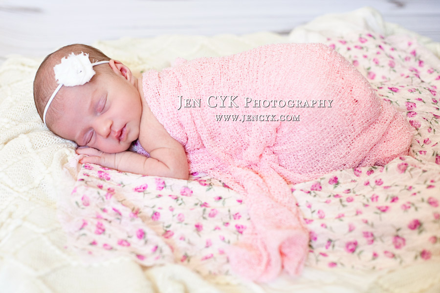 Amazing Newborn Poses (1)