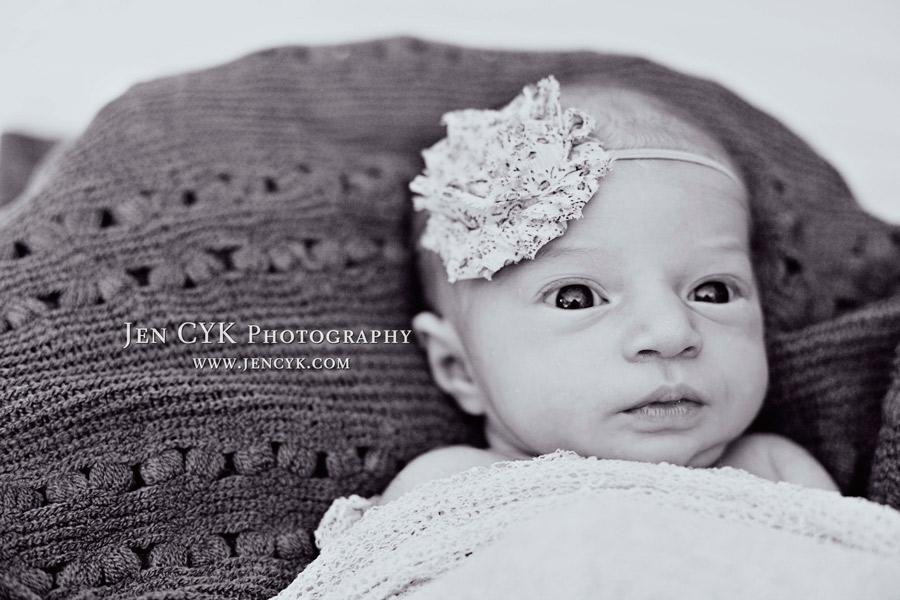 Amazing Newborn Poses (10)