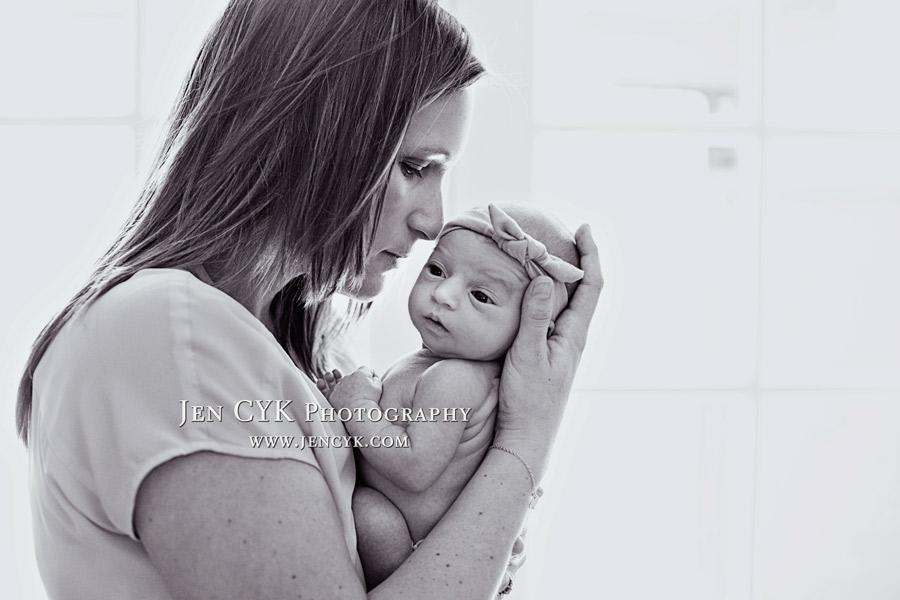 Amazing Newborn Poses (8)