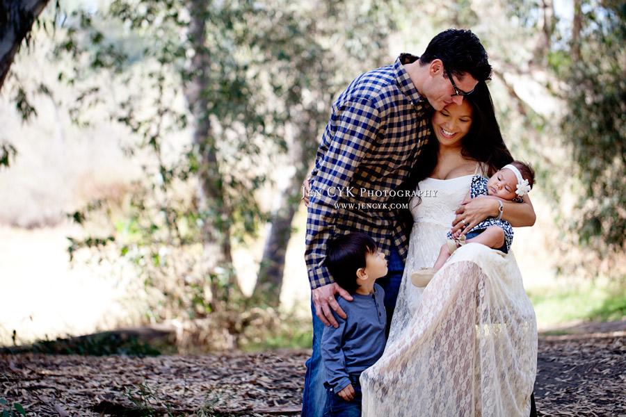 Beautiful Orange County Family Photos (2)