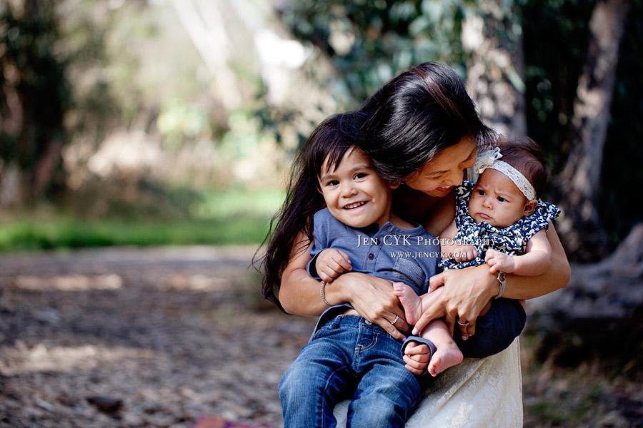 Beautiful Orange County Family Photos (5)