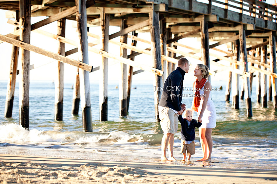 Newport Beach Pier Family Pictures (16)