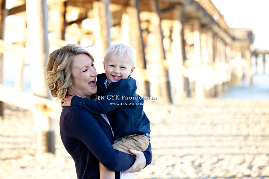 Newport Beach Pier Family Pictures (5)