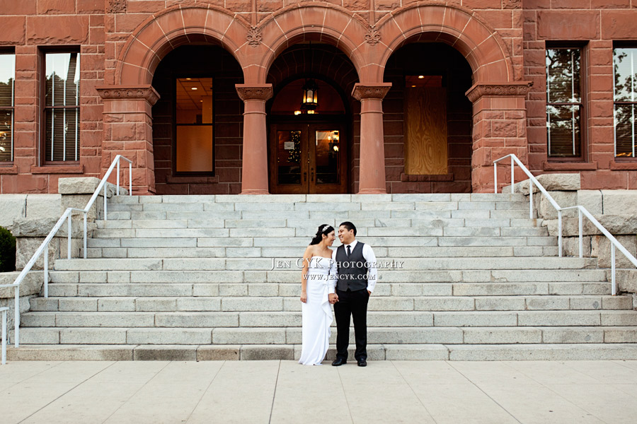 7 Tips For Planning A Small Courthouse Wedding: A Beautiful Christmas {Courthouse} Wedding