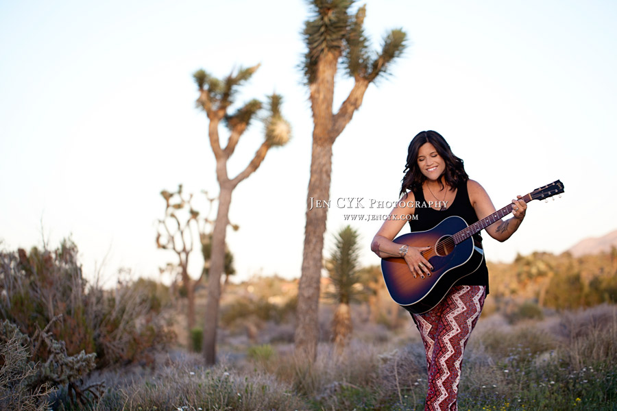 Girl With Guitar Photography (2)