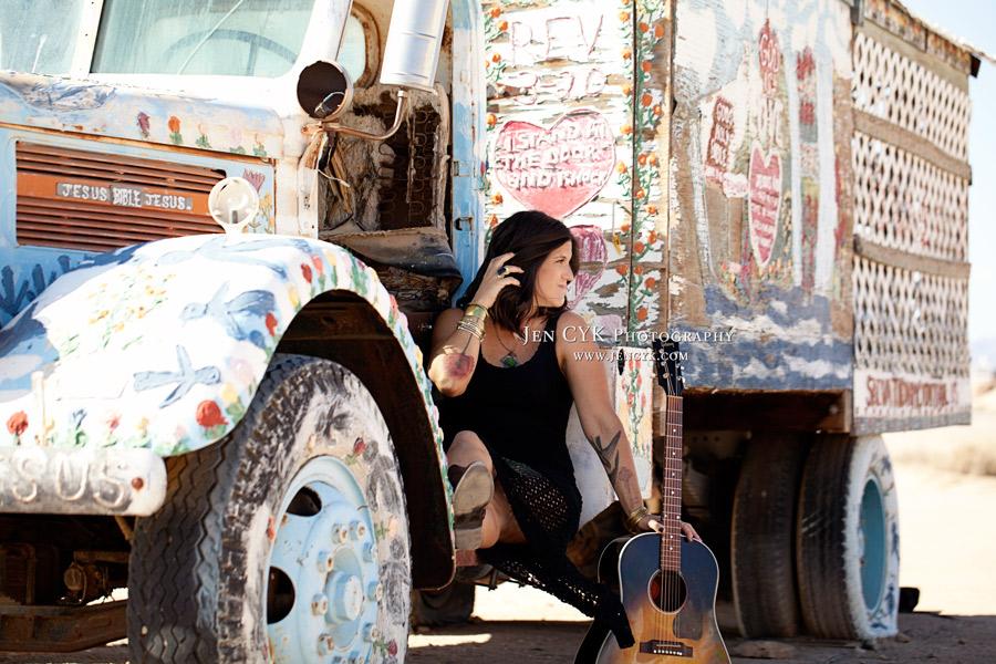 Salvation Mountain Girls Guitar (1)