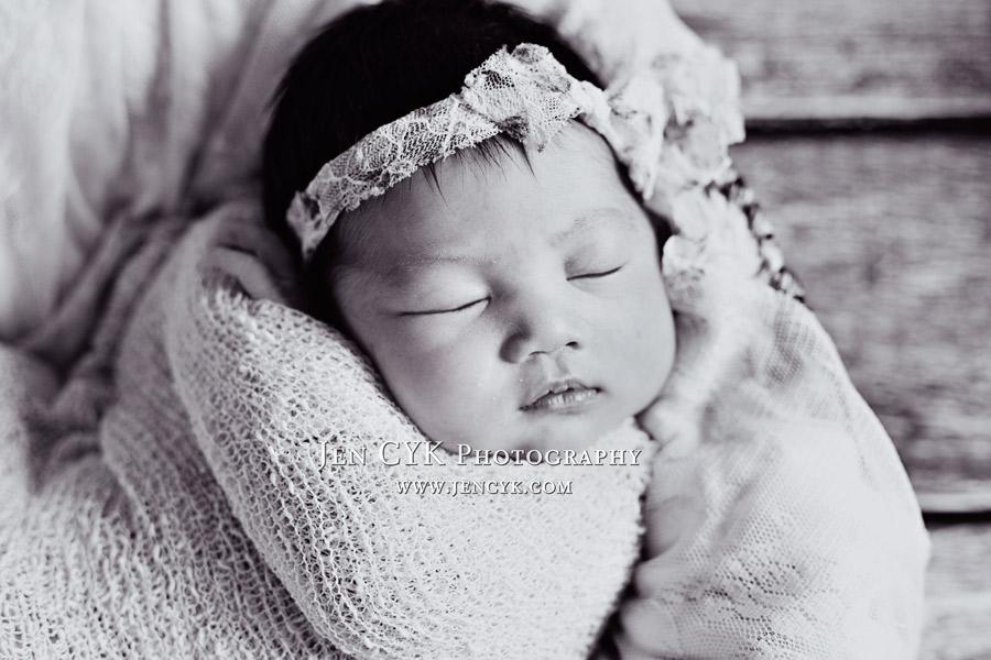 Torrance Newborn Photos (10)