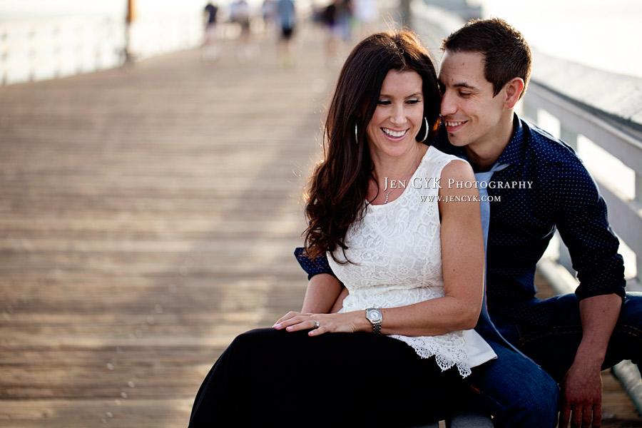 San Clemente Pier Engagement (4)