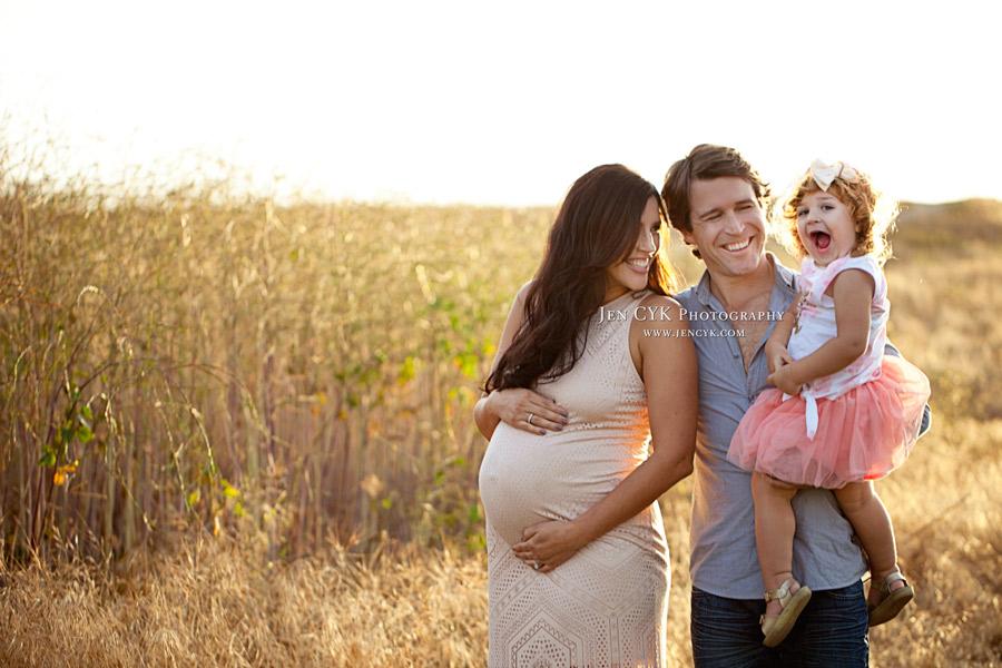 OC Maternity Family Pics (1)