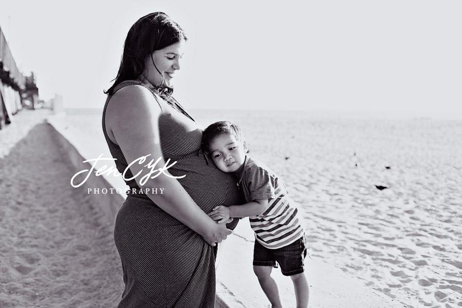 Seal Beach Pier Maternity Pics (10)