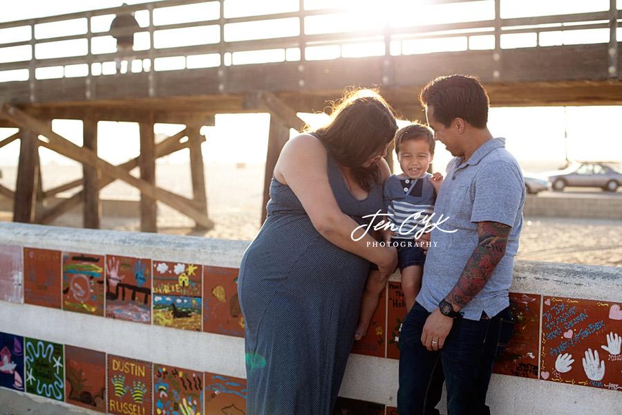 Seal Beach Pier Maternity Pics (15)