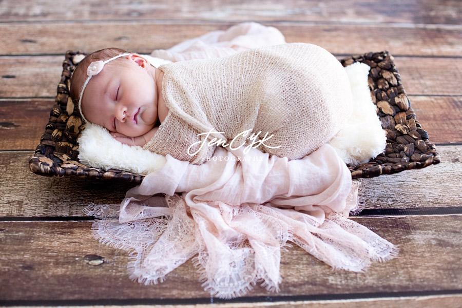 Best OC Newborn Pics (8)