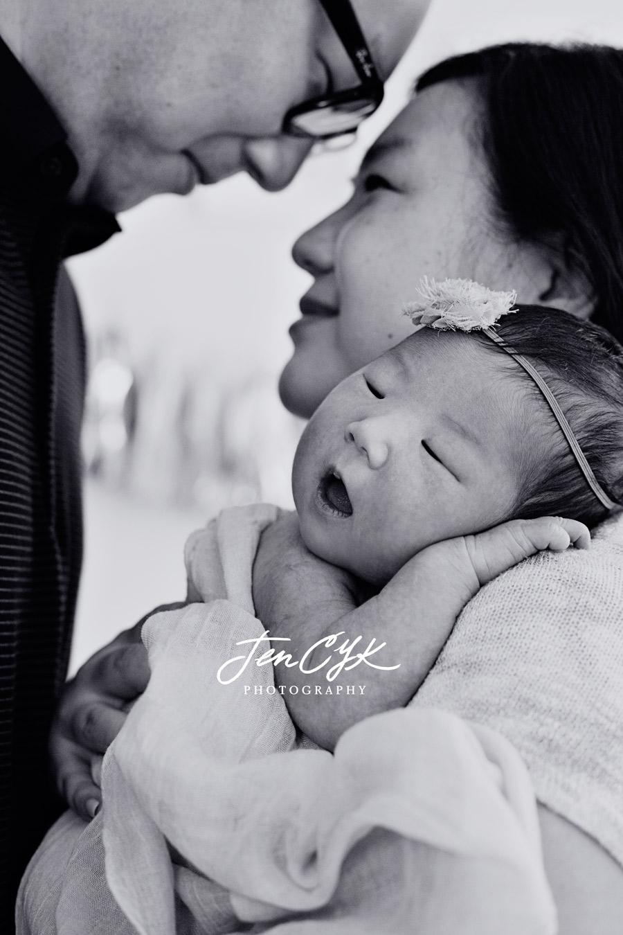 Best LA Newborn Photos (10)