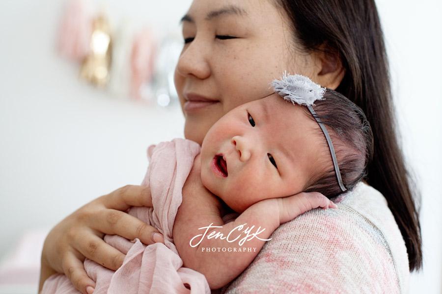 Best LA Newborn Photos (11)
