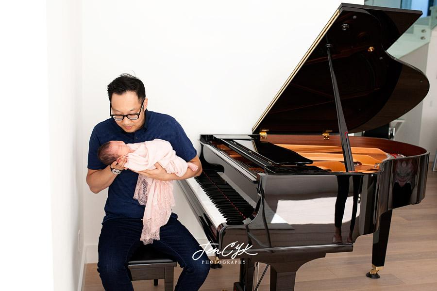 Best LA Newborn Photos (16)