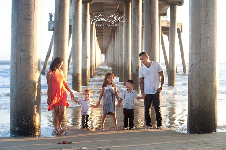 huntington-beach-family-pics-11