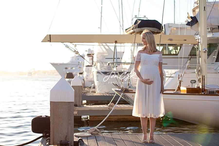 newport-beach-maternity-pics-13
