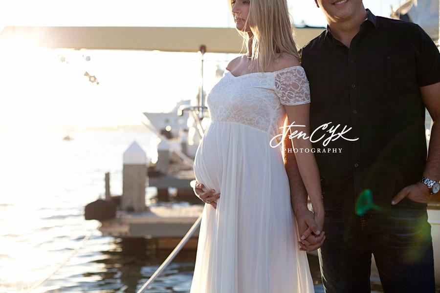 newport-beach-maternity-pics-15