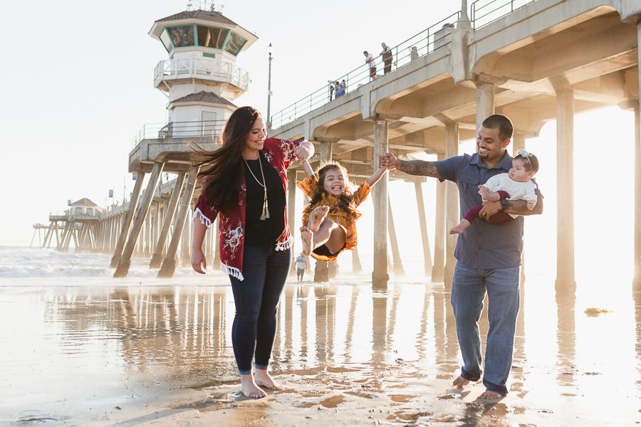 Huntington Beach Pier family photographer-1
